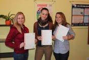 Tri dievčatá získali jazykový certifikát